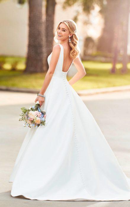 suknia 6758